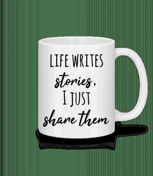 Život píše příběhy - Keramický hrnek - Bílá - Napřed