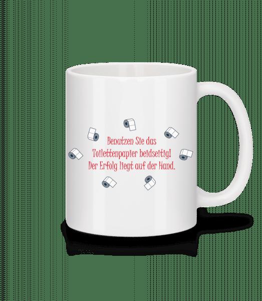 Der Erfolg Liegt Auf Der Hand - Tasse - Weiß - Vorn