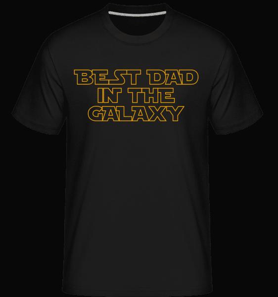 Nejlepší táta In The Galaxy -  Shirtinator tričko pro pány - Černá - Napřed
