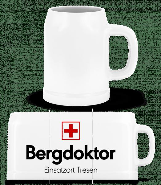 Bergdoktor Einsatzort Tresen - Bierkrug - Weiß - Vorn