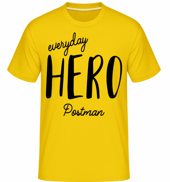 Everyday Hero Postman - Shirtinator Männer T-Shirt - Goldgelb - Vorn