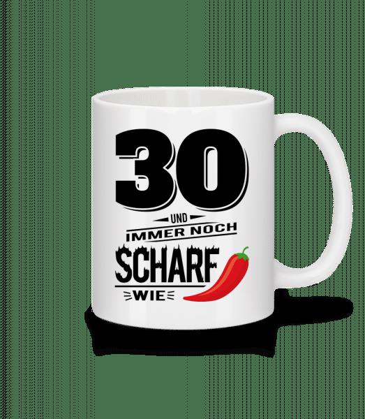 30 Und Scharf Wie Chili - Tasse - Weiß - Vorn