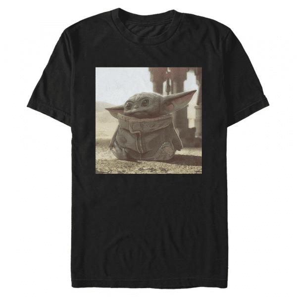 Tiny Green The Child - Star Wars Mandalorian - Men's T-Shirt - Black - Front