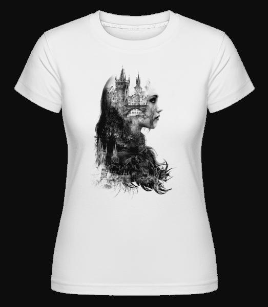 Fantasy City Girl -  Shirtinator Women's T-Shirt - White - Vorn