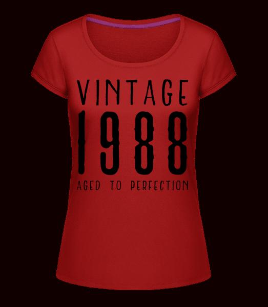Vintage 1988 Aged To Perfection - Megan Crewneck T-Shirt - Cherry - Vorn
