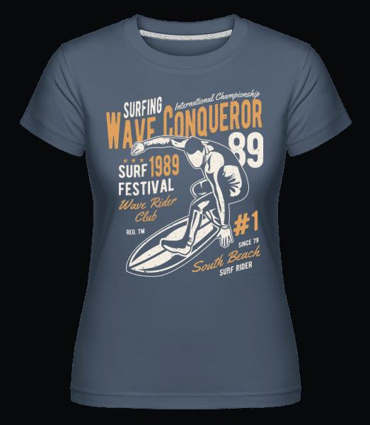 Wave Conqueror -  Shirtinator Women's T-Shirt - Denim - Vorn